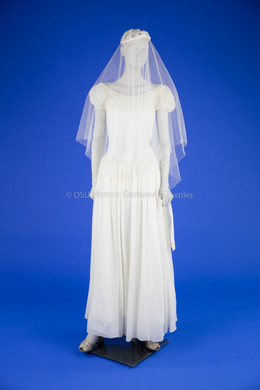 1946 Nylon Wedding Dress