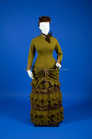 1886-1887 Green wool bodice and skirt