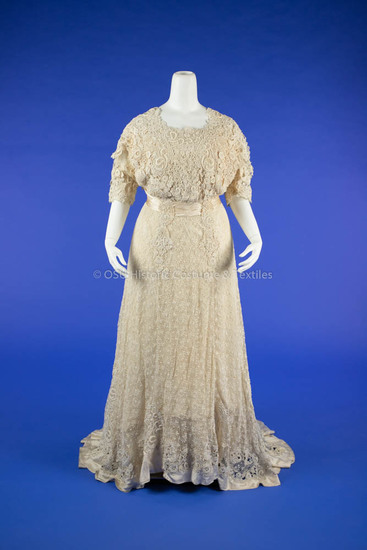 1908-1910 White Lace Dress
