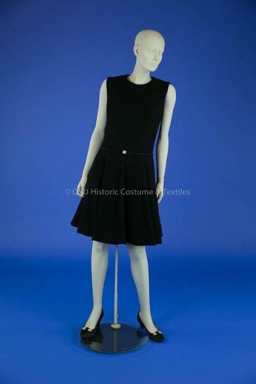 Bill Blass Black Wool Crepe Dress