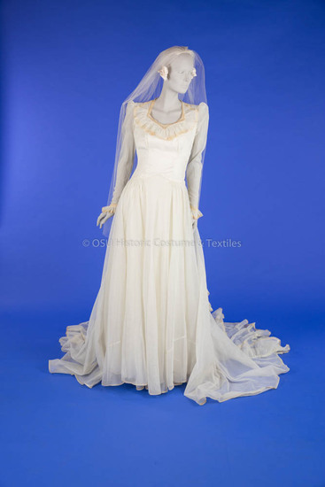 1945 Rayon Wedding Dress