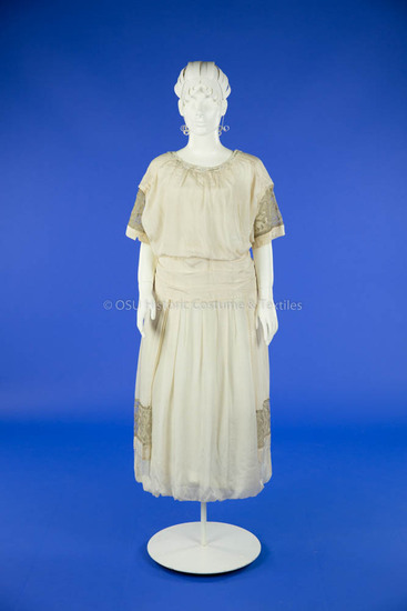 1919 White Silk Wedding Dress