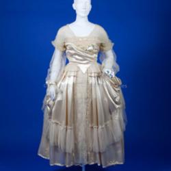 Lucile, 1916 Ivory silk wedding dress