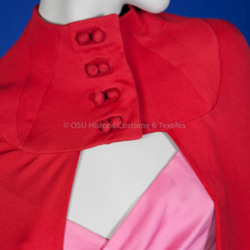 2005.28.1abcd Detail Cloak.jpg