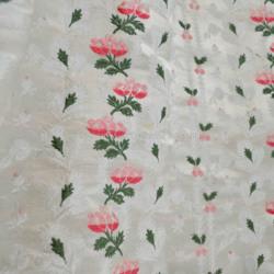 textilecloseup2.jpg