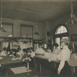 1907_sewing_lab.jpg