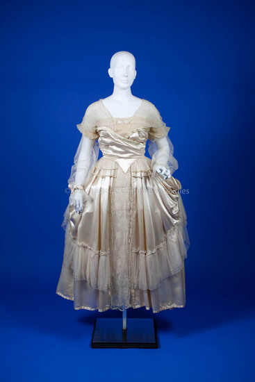 Lucile, 1916 Ivory silk wedding dress
