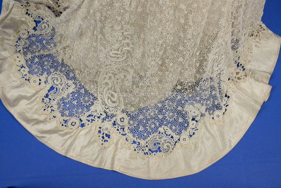 1908-1910 White Lace Dress