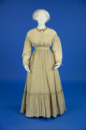 1870-1873 Tan Linen Dress