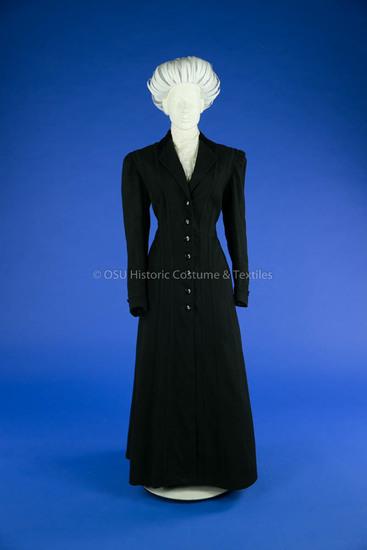 1907-1909 Black Wool Coat