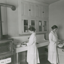 1922_home_ec_practice_kitchen.jpg