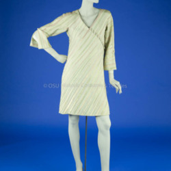 Bill Blass Pale Green Dress