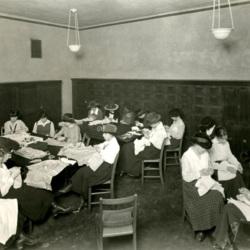 1916 sewing class.jpg