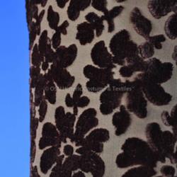 HCT.1985.109.4 textile detail.JPG