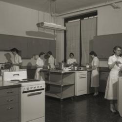 1953_home_ec_cooking_class.jpg