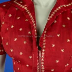 1985.106.27 Bodice Zipper Detail.jpg