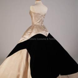 1988.318.140ab - Detail Skirt B1.jpg